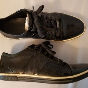 Kenneth Cole Down-Load Black Leather Sneakers